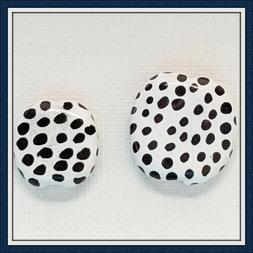 KAZURI BEADS - PITA PATS & MINI PITA PATS - black & white wi