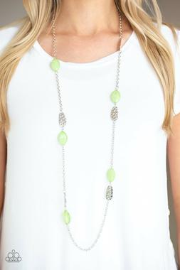 Paparazzi jewelry opaque finish glassy green beads Necklace