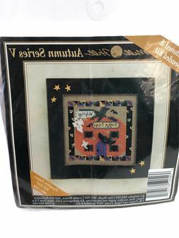 Mill Hill Pumpkin Palace Autumn Series V Beads Buttons Cross